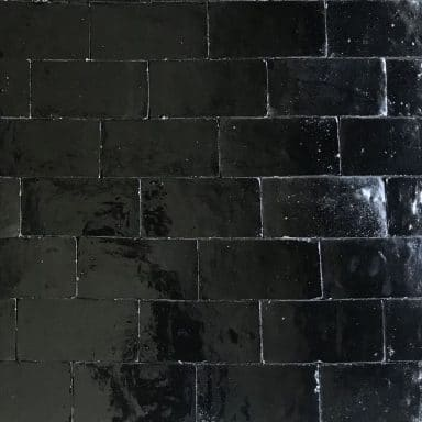 brique terre cuite noir