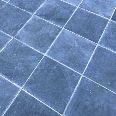 pavés pierre bleue poncee