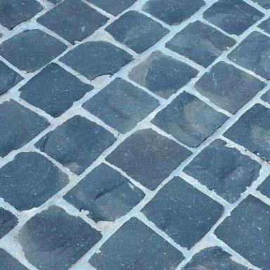 pavé basalte en pierre naturelle